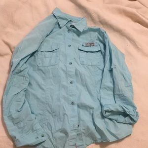 Women's Columbia shirt